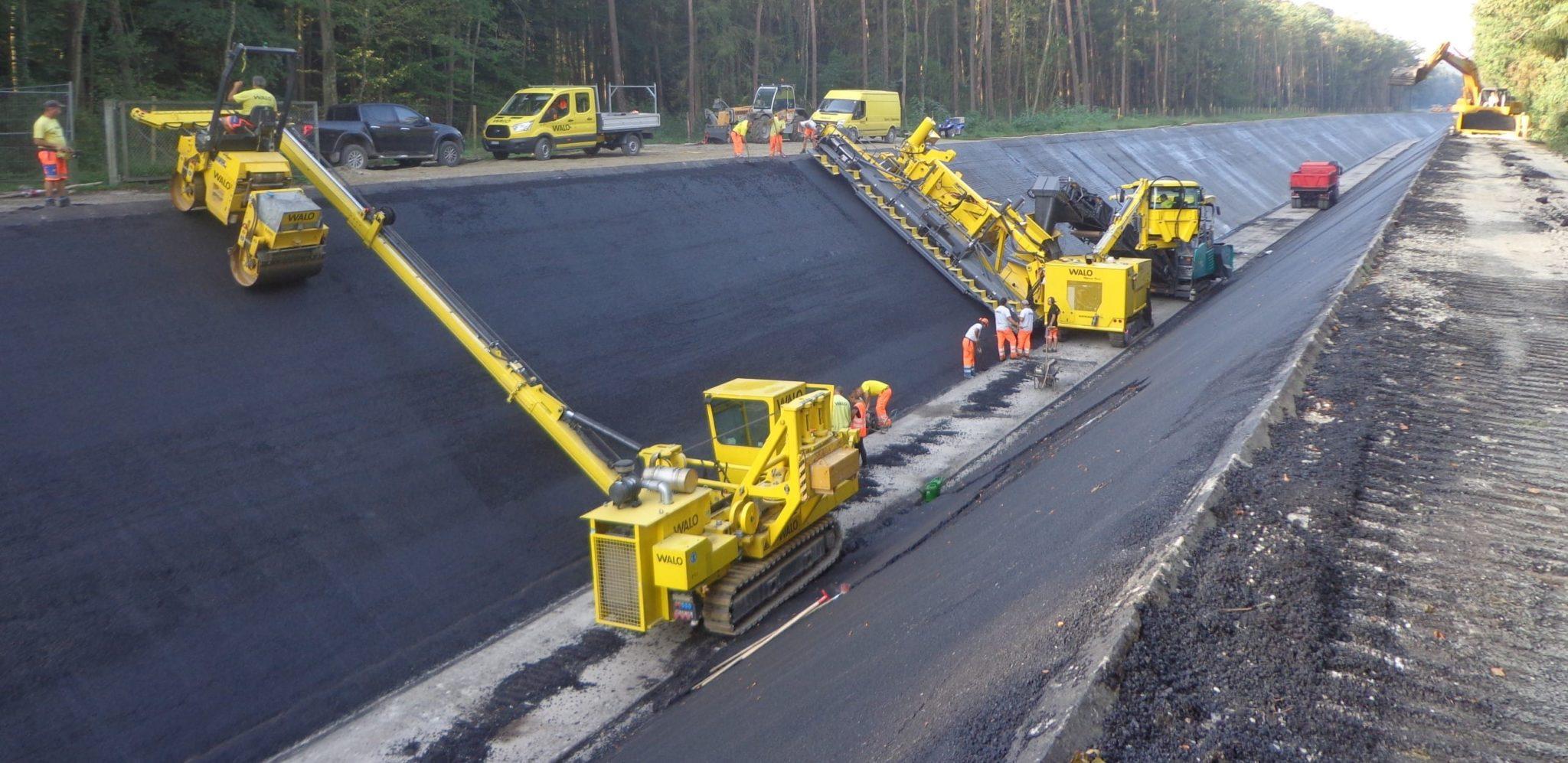 Leistung: Dense Asphaltic Concrete (DAC)